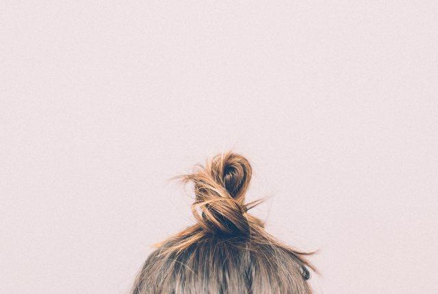 zabiegi na włosy w domu