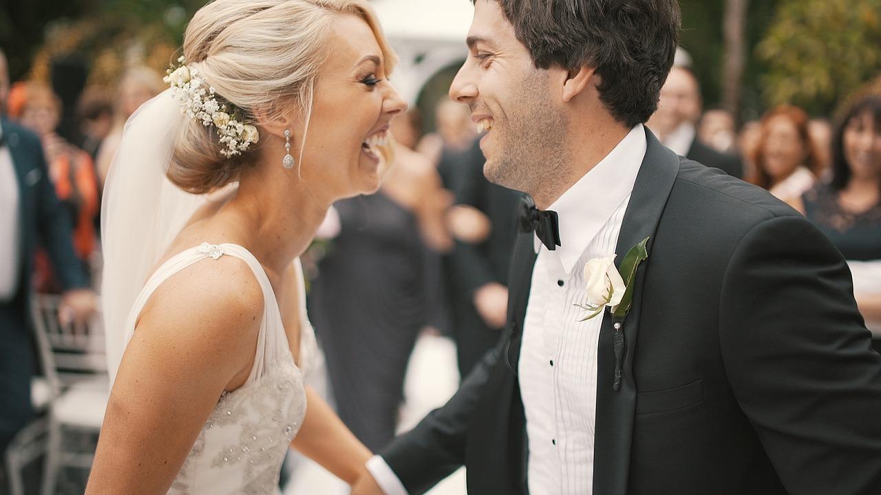 ślub wesele fryzura kok